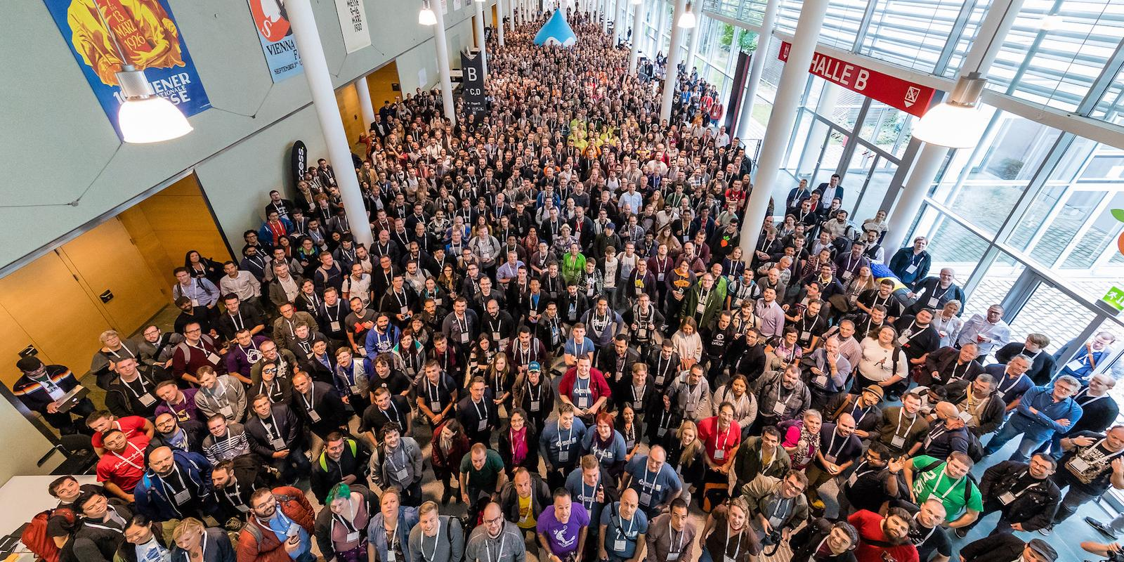 DrupalCon Europe Vienna 2017 Group Picture ©Dominik Kiss